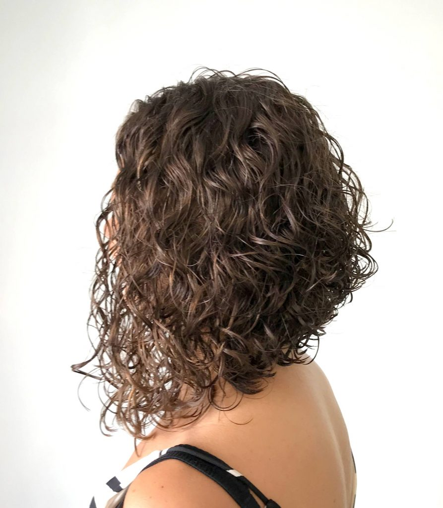 curly hair styles long hair co curly graduated bob 4763 | IMG 4763 001 893x1024